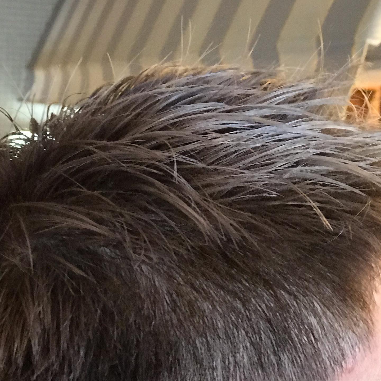仕事に支障が無ければ、お試し下さい。ホワイトシルバーで白髪もサヨナラ。 #大阪市 #美容室 #havana_stripe #髪型 #hairstyle #beauty #求人 #スタッフ募集
